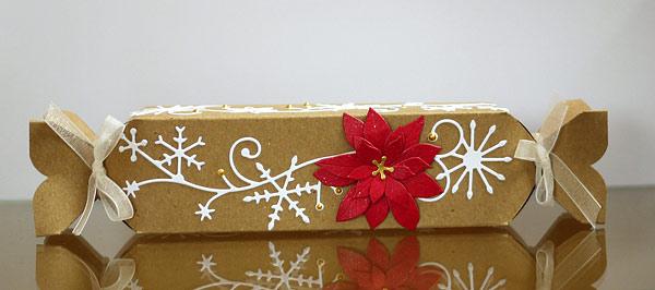 Weihnachtsverpackung mit dem Punch Board III