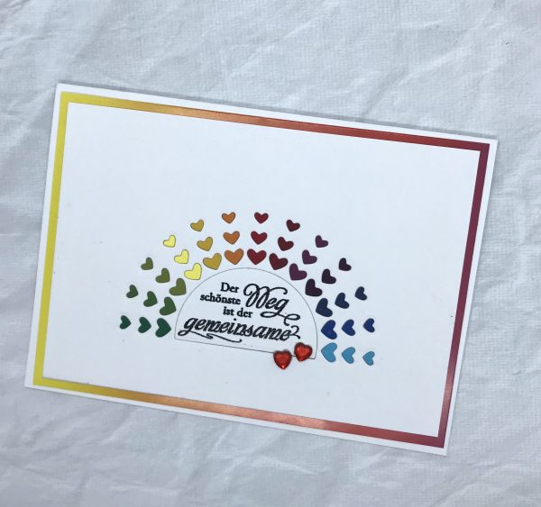 Regenbogenbunte Karte für ein Männerpaar
